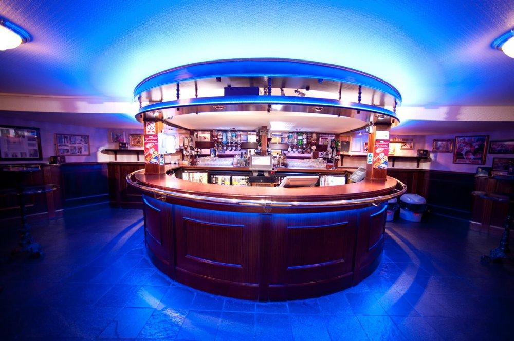 Stalls-Bar-1[1]
